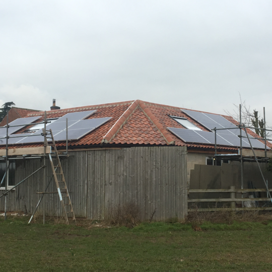 https://www.bluedotroofing.uk/wp-content/uploads/2018/02/Solar-PV-Installtion-South-Clifton-Lincs-4-540x540.png