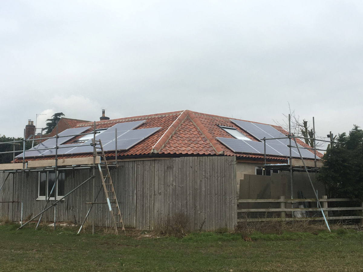 Solar-PV-Installtion-South-Clifton-Lincs-5-1200x900.png