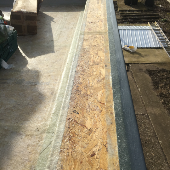 https://www.bluedotroofing.uk/wp-content/uploads/2018/02/grp-flat-roof-marton-lincolnshire-11-540x540.png