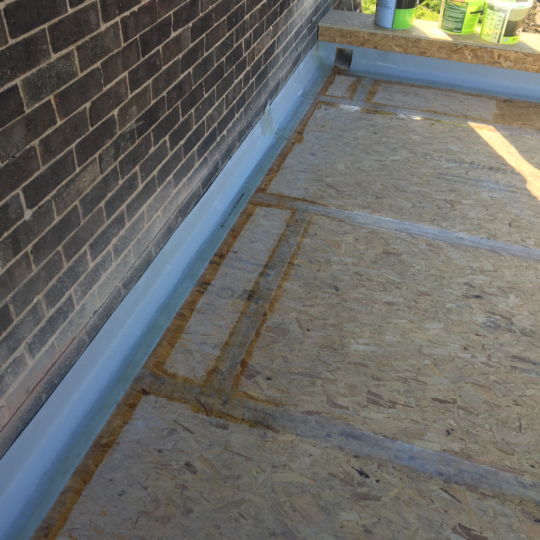 https://www.bluedotroofing.uk/wp-content/uploads/2018/02/grp-flat-roof-marton-lincolnshire-5-540x540.png